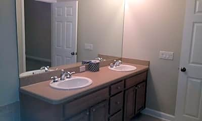 Bathroom, 122 S Rome Ave, 2