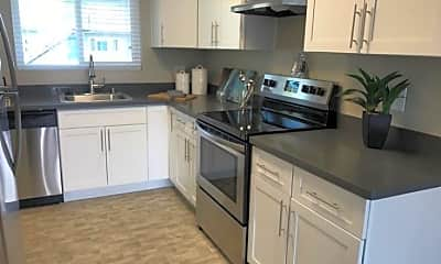 Kitchen, The Heights Apartments, 1
