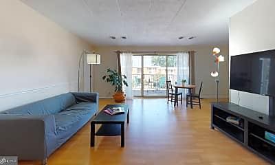 Living Room, 2622 Fort Farnsworth Rd 216, 0