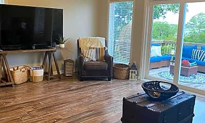 Living Room, 7013 Sound Dr, 1