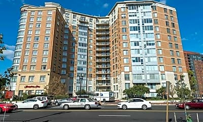 555 Massachusetts Ave NW 1214, 1