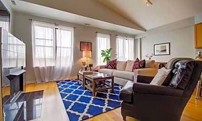 Living Room, 2509 N Milwaukee Ave, 1