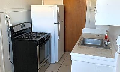 Kitchen, 1017 SW 9th St, 2