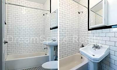 Bathroom, 213 Green St, 2
