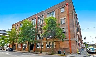 Building, 1111 S Peters St 205, 0