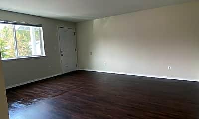 Living Room, 45100 Shields Ct, 1