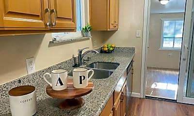 Kitchen, 25431 Soto Rd, 0