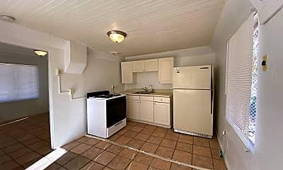 Kitchen, 423 E 32nd St, 2