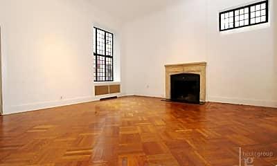 Living Room, 34 E 68th St, 1