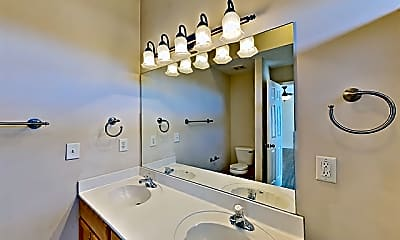 Bathroom, 2962 Buckner Lane, 2