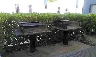 Plaza at the Lyric, 2