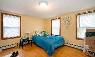 Living Room, 585 Somerville Ave, 2