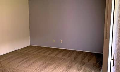 Bedroom, 425 S Olympia St, 2