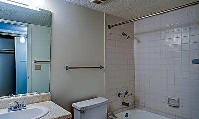 Bathroom, Rainbow Ridge Apartments, 2