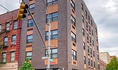 Building, 1674 Park Ave, 2