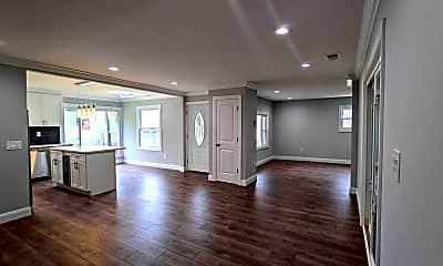 Living Room, 65 Pennant Ln, 1