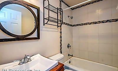 Bathroom, 2126 30th Ave, 2
