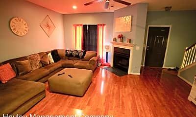 Living Room, 504 Auburn Dr, 1