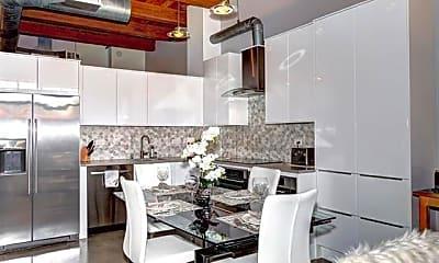 Kitchen, 333 Santana Row 228, 1