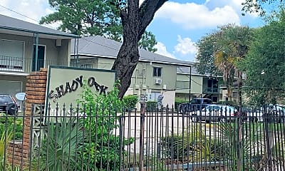 Shady Oaks Apartments, 1