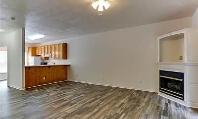 Living Room, 452 Trooper Ct, 1