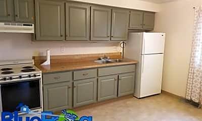 Kitchen, 917 Byrd Ave, 1