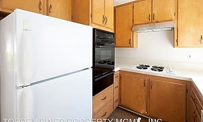 Kitchen, 2150 Thomas Ave, 2