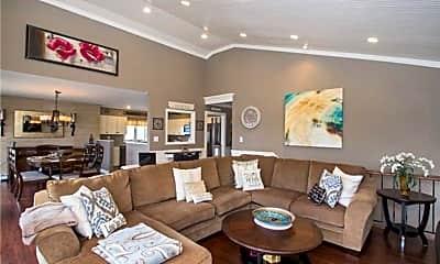 Living Room, 134 W Lido Promenade, 2