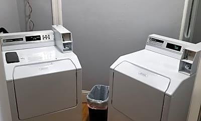Bathroom, 3492 W 32nd Ave, 2