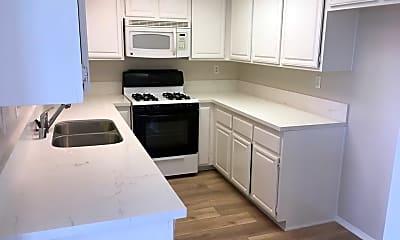 Kitchen, 952 Cypress St, 1