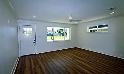 Living Room, 403 W William David Pkwy, 1