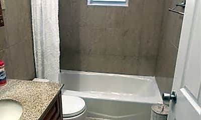 Bathroom, 1506 Research Ave, 2