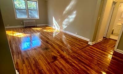 Living Room, 71 Virginia Rd 20F, 1