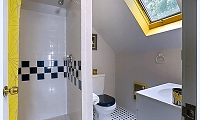 Bathroom, 28 Foch St, 2