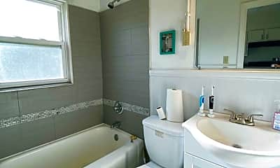 Bathroom, 3719 Kirkup Ave 1, 2