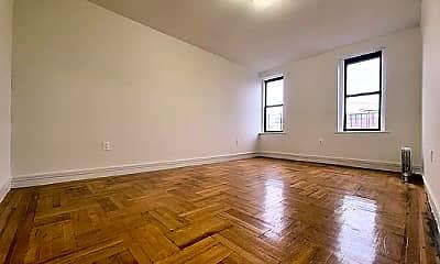 Living Room, 219 E 196th St, 0