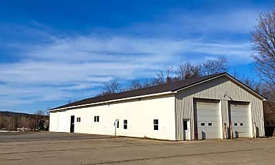 Building, 786 S Side Dr, 1