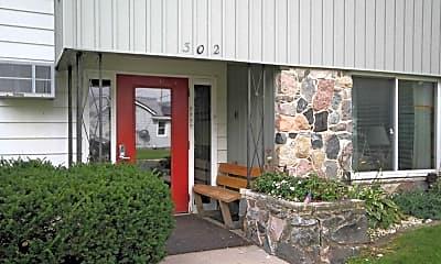Building, Park North, 1