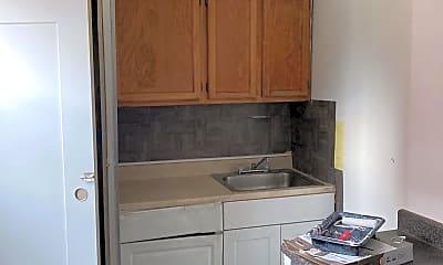 Kitchen, 1720 1st St NW, 2