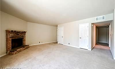 Living Room, 4381 Alexis Dr 332, 2