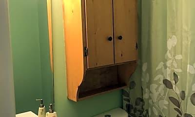 Bathroom, 2111 Silverbrook Dr, 2