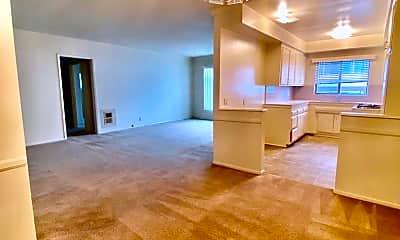 Living Room, 275 S Marengo Ave, 0