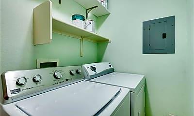 Bathroom, 1307 Norwalk Ln 203, 2