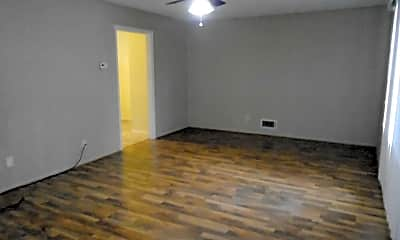 Living Room, 2075 Tecumseh Rd, 1