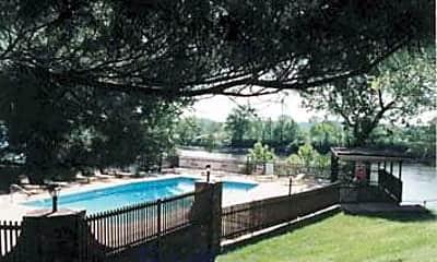 Cumberland Retreat Apartments, 2