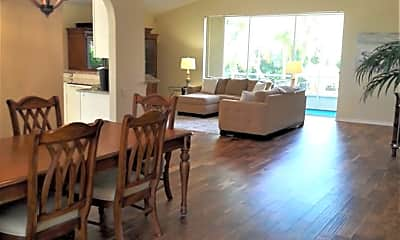 Dining Room, 3399 Yonge Ave, 1