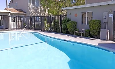 Pool, GRANADA APTS, 2