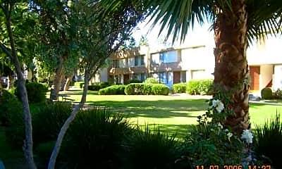 Northpark Apartments (Lurline Gardens), 1