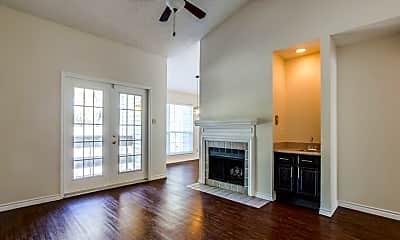 Living Room, 8550 Fair Oaks Crossing, 1