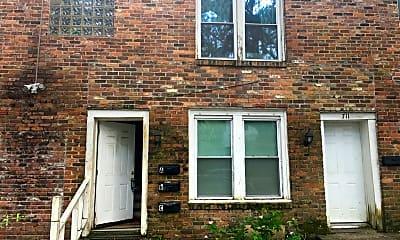 Building, 711 E 37th St, 0